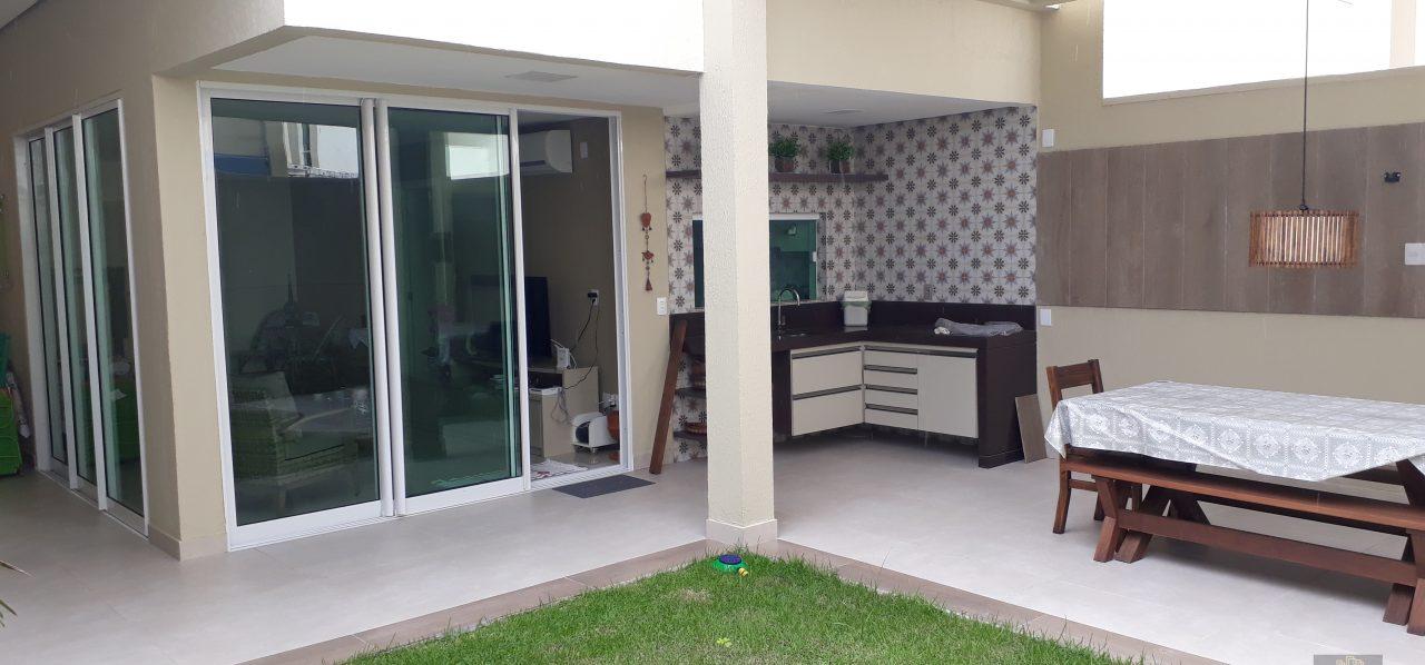 Duplex Cd. Fechado no Eusébio